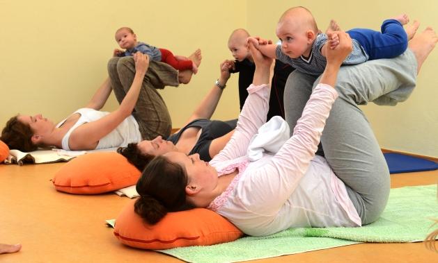 Βρεφική Γιόγκα / Βaby Yoga